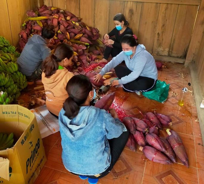 Gửi sản vật cho người dân TP HCM, bà con Trà Leng muốn đền đáp ân tình - Ảnh 10.