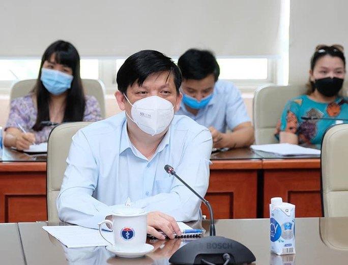 Đại diện WHO: Việt Nam đi đúng hướng trong ứng phó Covid-19 - Ảnh 2.