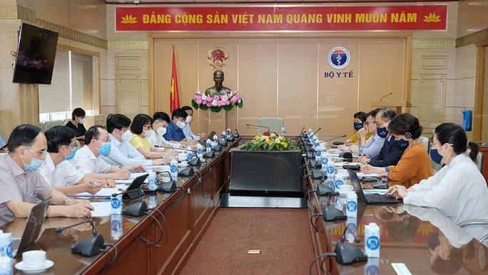 Đại diện WHO: Việt Nam đi đúng hướng trong ứng phó Covid-19 - Ảnh 1.