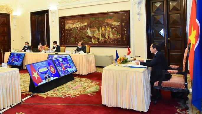 Trung Quốc tiếp tục cung ứng vắc-xin Covid-19 cho ASEAN sau khi tài trợ 119 triệu liều - Ảnh 2.