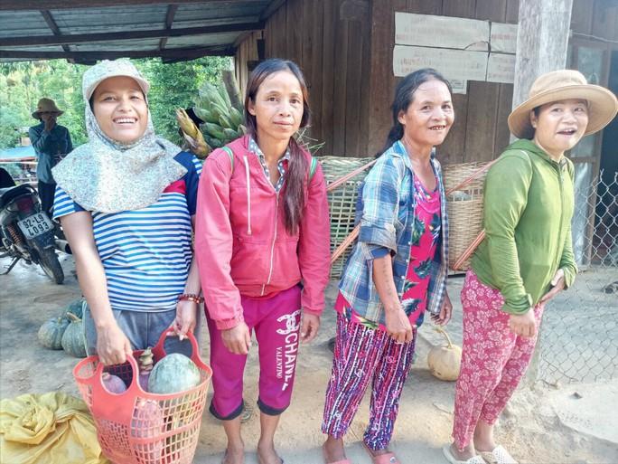Gửi sản vật cho người dân TP HCM, bà con Trà Leng muốn đền đáp ân tình - Ảnh 9.