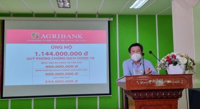 Chi nhánh Agribank ở Cần Thơ, Sóc Trăng tiếp tục ủng hộ quỹ phòng, chống dịch Covid-19. - Ảnh 3.