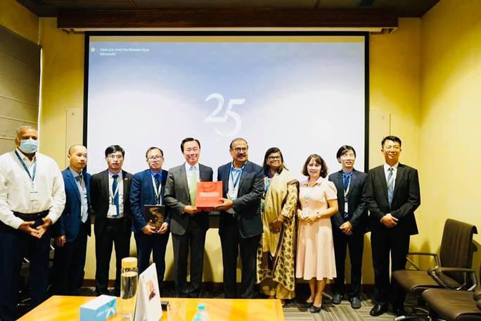 Doanh nghiệp dược Ấn Độ cung cấp 1 triệu liều thuốc điều trị Covid-19 cho Việt Nam. - Ảnh 3.