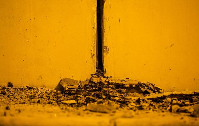 CLIP: Hàng chục công nhân xuyên đêm tu sửa hầm Kim Liên để bàn giao đúng tiến độ - Ảnh 13.