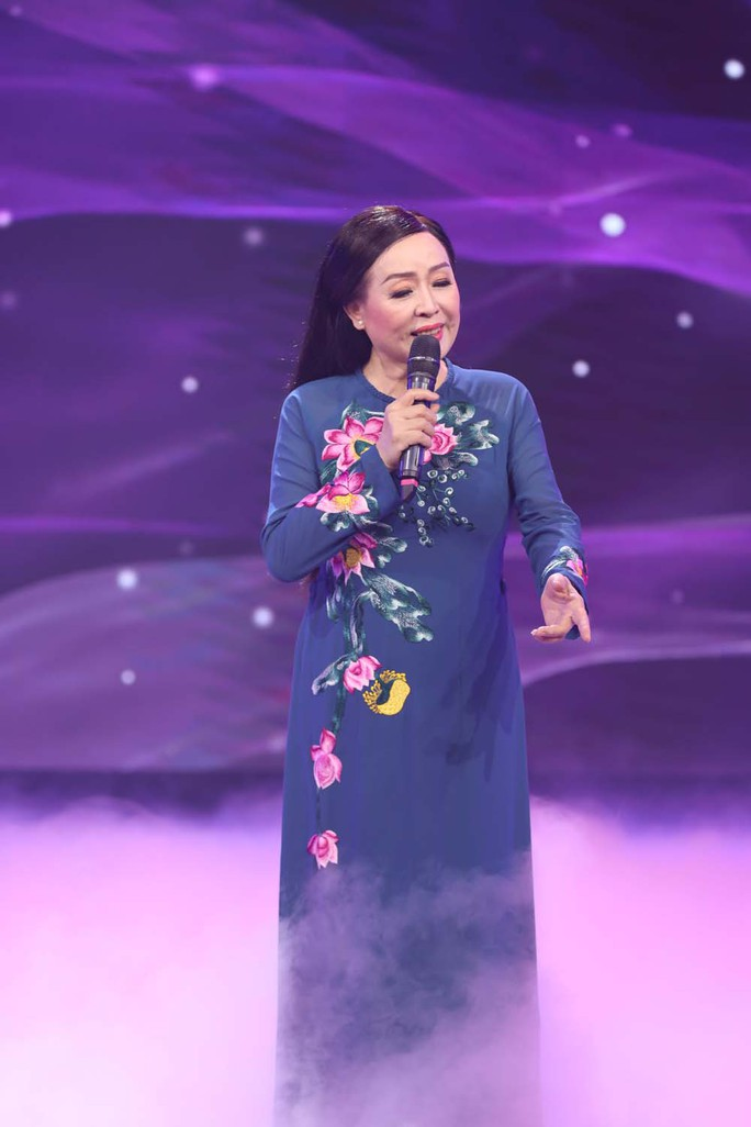 NSND Thu Hiền: Mang hành trang giọng hát vào chiến trường - Ảnh 8.