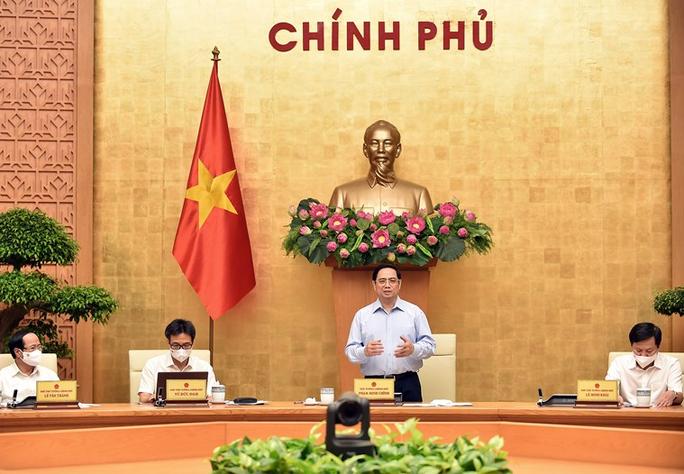 Thủ tướng phân công nhiệm vụ chống dịch cho từng phó thủ tướng, bộ trưởng, chủ tịch tỉnh - Ảnh 1.
