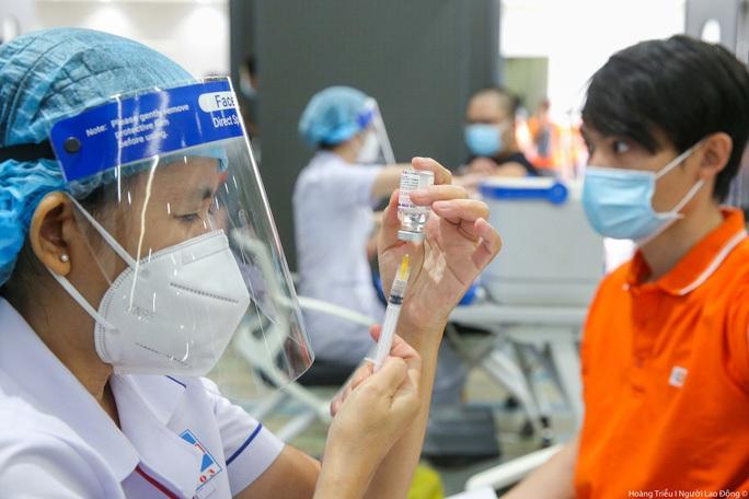 Hải Phòng lý giải  việc mượn nửa triệu liều vắc-xin Sinopharm từ TP HCM - Ảnh 1.