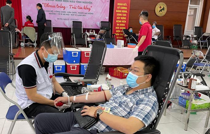 Thủ tướng: Chưa tổ chức hiến máu tình nguyện tại địa phương áp dụng Chỉ thị 16 - Ảnh 1.