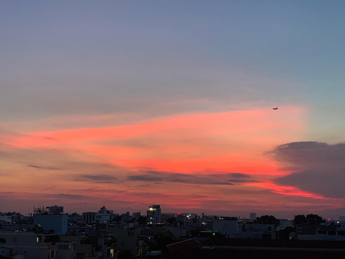 Thư từ Hà Nội gửi TP HCM: Chúng ta sẽ nói gì vào ngày gặp lại? - Ảnh 1.