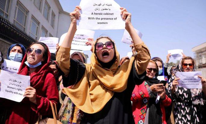 Phát ngôn dậy sóng của Taliban - Ảnh 1.