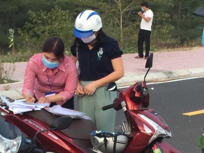 Kỷ luật cảnh cáo Trưởng Ban Kinh tế - Ngân sách HĐND tỉnh Phú Yên đi xem đất - Ảnh 2.