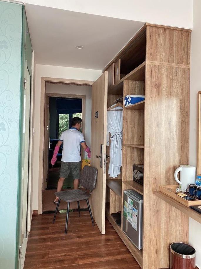 Lương Bằng Quang - Ngân 98... dọn phòng, chà toilet kiếm sống - Ảnh 2.