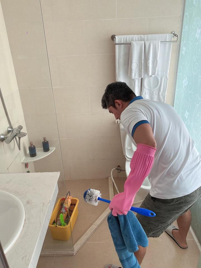 Lương Bằng Quang - Ngân 98... dọn phòng, chà toilet kiếm sống - Ảnh 5.