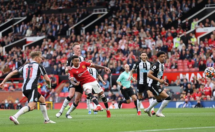 Man United trói chân Paul Pogba bằng lương khủng, cao thứ nhì Ngoại hạng Anh - Ảnh 5.