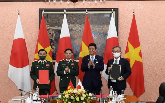 Việt Nam - Nhật Bản ký thỏa thuận chuyển giao thiết bị và công nghệ quốc phòng - Ảnh 7.