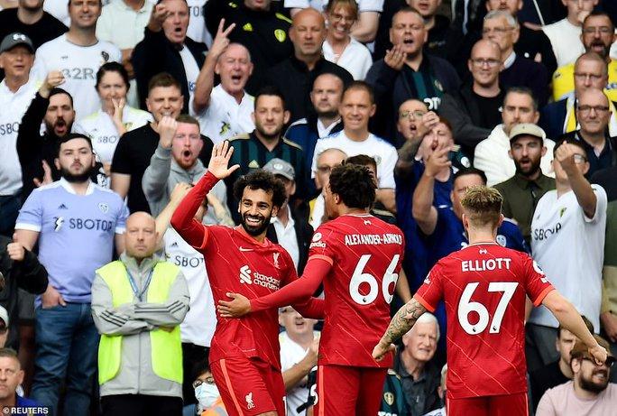 Mohamed Salah lập kỳ tích, Liverpool vọt lên Top 3 Ngoại hạng Anh - Ảnh 2.
