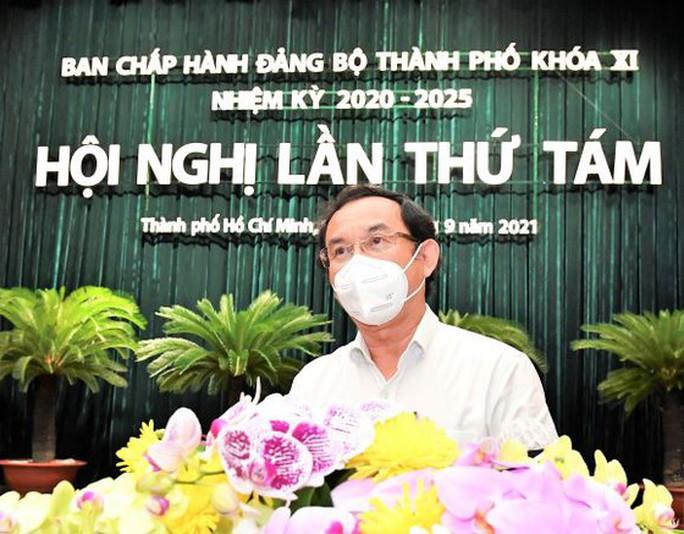 Bí thư Thành ủy TP HCM: Cảm ơn người dân đã chia sẻ khó khăn cùng TP - Ảnh 1.