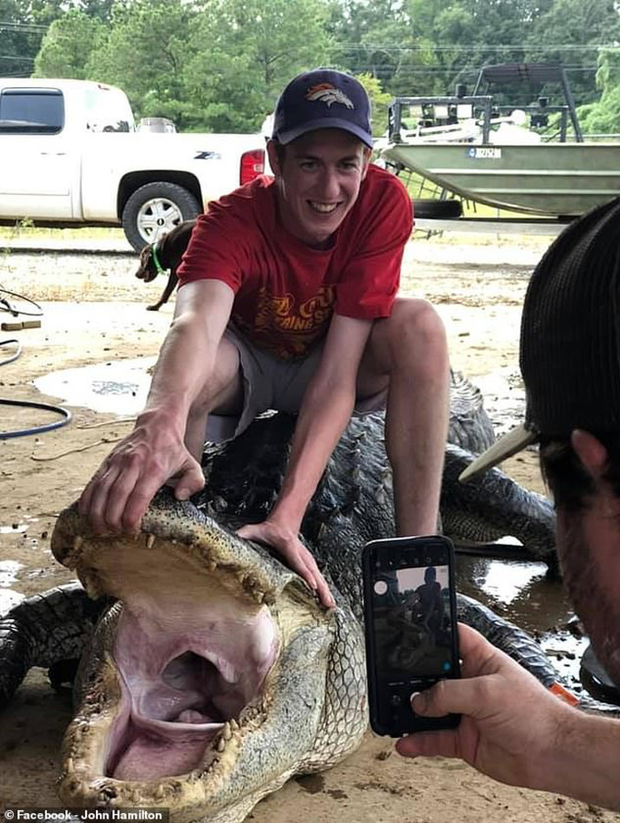 Mỹ: Phát hiện cổ vật ngàn năm trong bụng cá sấu quái vật - Ảnh 1.