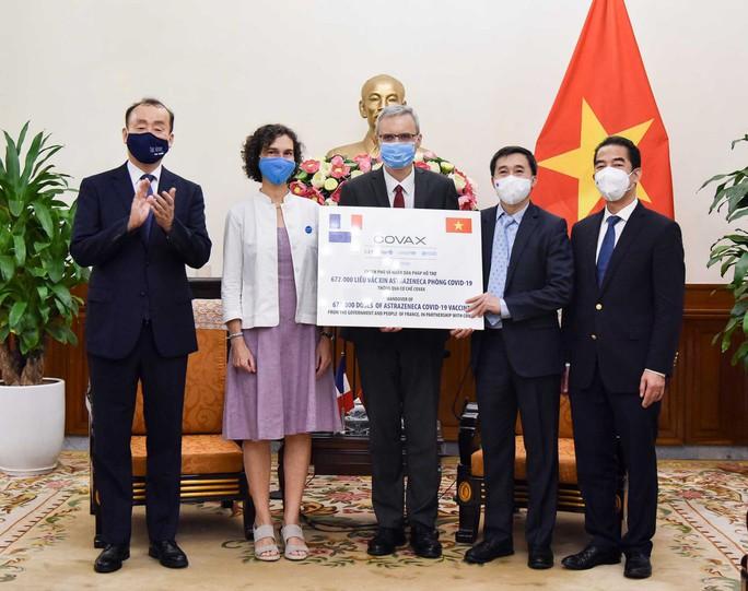 Pháp và Ý tặng Việt Nam 1,5 triệu liều vắc-xin ngừa Covid-19 - Ảnh 3.
