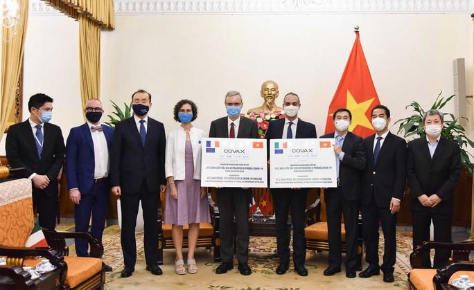 Pháp và Ý tặng Việt Nam 1,5 triệu liều vắc-xin ngừa Covid-19 - Ảnh 1.