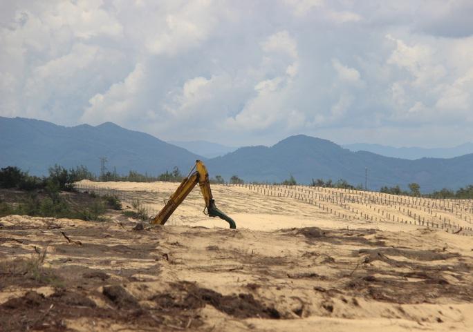 Phá 5,26 ha rừng phòng hộ làm nhà máy điện: Chủ đầu tư lại đổ lỗi cho dân! - Ảnh 2.