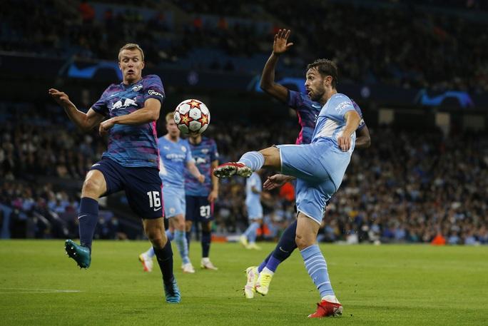 Đại tiệc 9 bàn thắng, Man City vùi dập bò đỏ RB Leipzig ở Etihad - Ảnh 1.