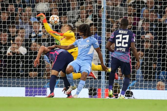 Đại tiệc 9 bàn thắng, Man City vùi dập bò đỏ RB Leipzig ở Etihad - Ảnh 2.