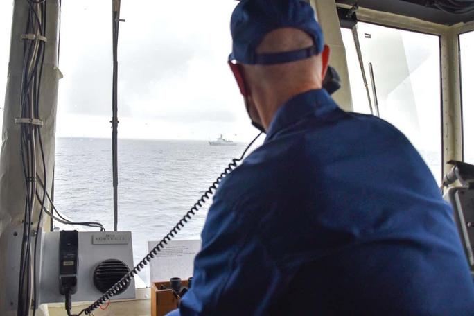 Bị Trung Quốc thách thức, hải quân Mỹ nhanh chóng phản pháo - Ảnh 2.
