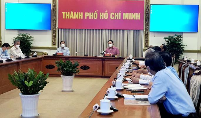 TP HCM mở cửa kinh tế với nhiều chiến lược - Ảnh 1.