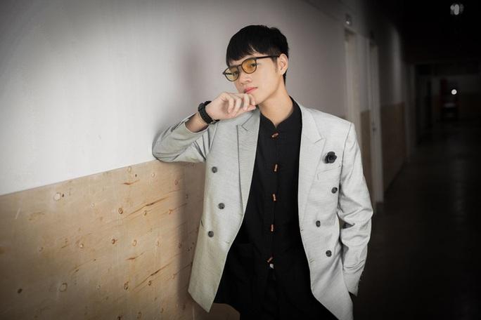 Y bác sĩ và nghệ sĩ cùng hát MV Ước mơ Sài Gòn - Ảnh 4.