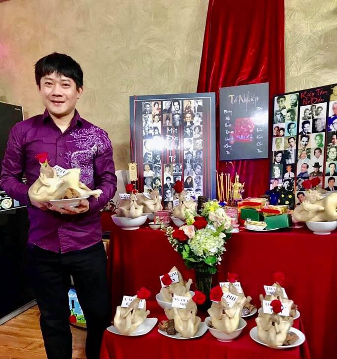 Nghệ sĩ TP HCM cúng Giỗ Tổ sân khấu tại nhà - Ảnh 3.