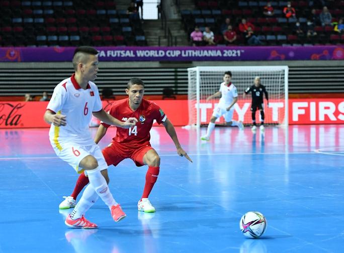 Tuyển futsal Việt Nam đánh bại Panama với tỉ số 3-2 - Ảnh 2.
