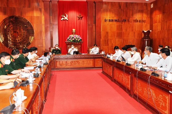 Phó Thủ tướng Vũ Đức Đam làm việc với tỉnh Tiền Giang