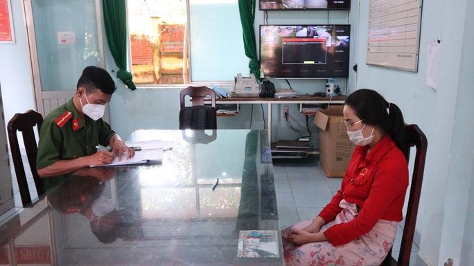 Nữ nhân viên trộm 2.380 nhẫn vàng của tiệm vàng Kim Hương 1 - Ảnh 1.