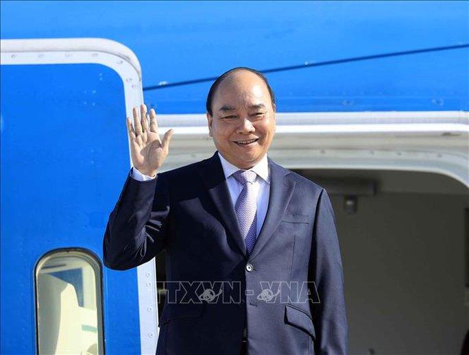Chủ tịch nước Nguyễn Xuân Phúc đến Cuba - Ảnh 1.