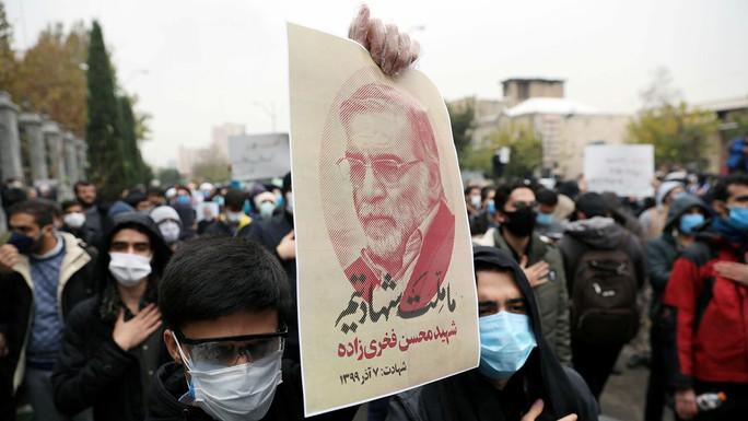 Nhà khoa học hạt nhân hàng đầu Iran bị robot sát thủ đoạt mạng? - Ảnh 1.