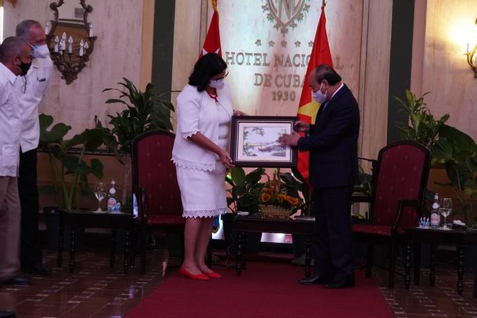 Chủ tịch nước: Việt Nam sẵn sàng đóng góp vào sự phát triển của Cuba - Ảnh 3.