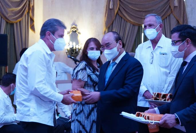 Chủ tịch nước: Việt Nam sẵn sàng đóng góp vào sự phát triển của Cuba - Ảnh 5.
