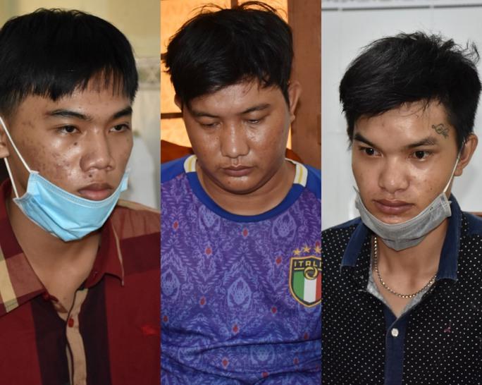 3 đối tượng đột nhập cửa hàng điện thoại trộm gần 1 tỉ đồng - Ảnh 1.