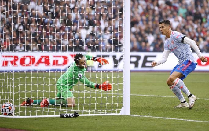 Ronaldo và Lingard tỏa sáng, Man United thắng nghẹt thở phút bù giờ - Ảnh 4.