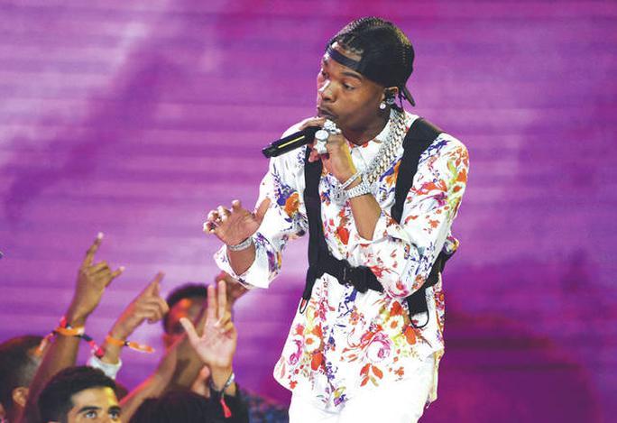 Nam rapper Lil Baby bức xúc khi công chúng nói anh dùng đồng hồ giả  - Ảnh 1.
