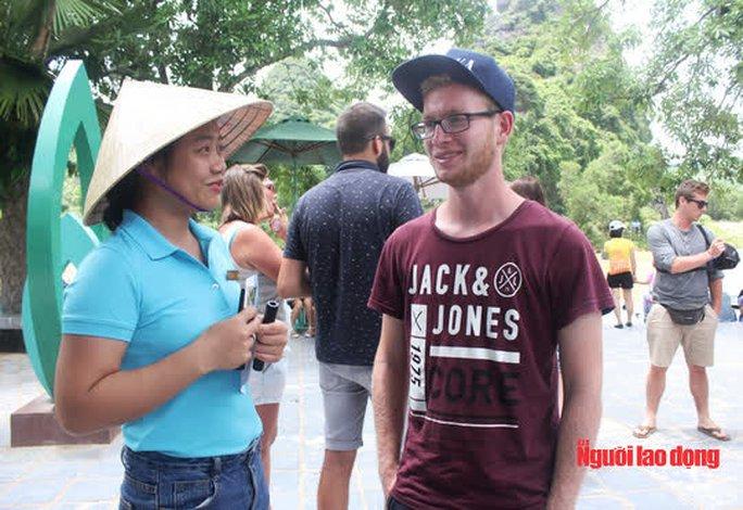 Quảng Bình hỗ trợ cho hướng dẫn viên du lịch gặp khó khăn hơn 3,7 triệu đồng/người - Ảnh 1.