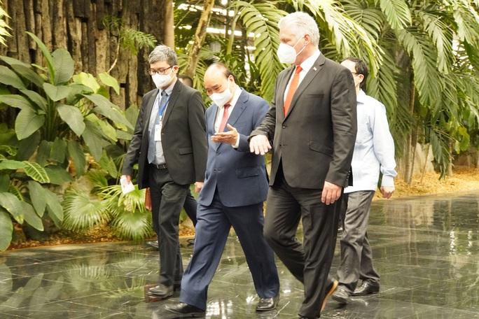 Chủ tịch nước Nguyễn Xuân Phúc được trao Huân chương José Marti cao quý nhất của Cuba - Ảnh 4.