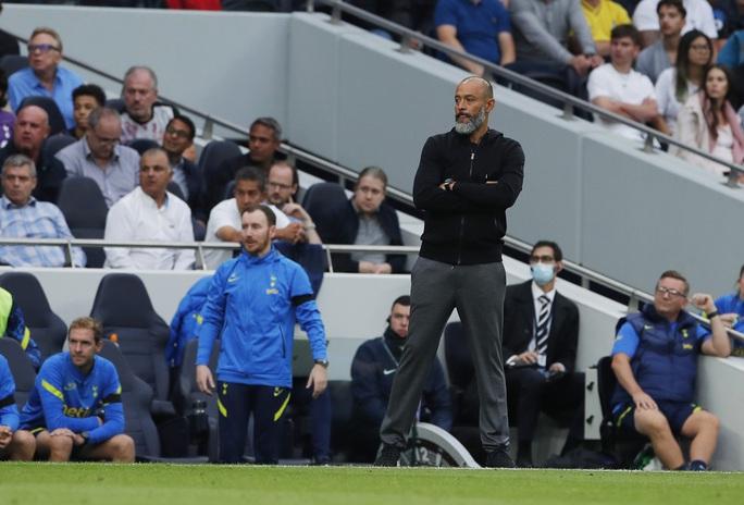 Tottenham thua tan tác sân nhà, Chelsea lên đỉnh bảng Ngoại hạng Anh - Ảnh 8.