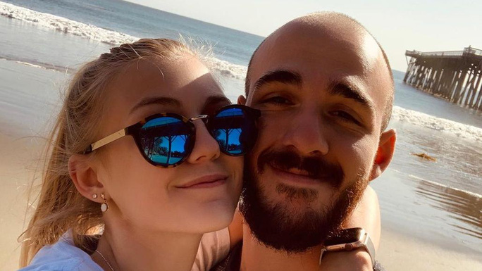 Nữ blogger Mỹ mất tích bí ẩn trong hành trình dài ngày cùng hôn phu - Ảnh 3.