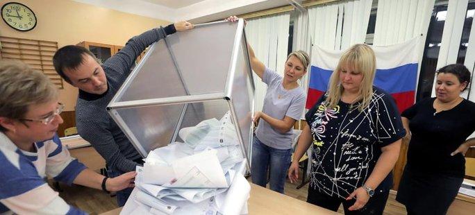 Đảng Nước Nga thống nhất thắng áp đảo trong bầu cử Duma Quốc gia - Ảnh 1.