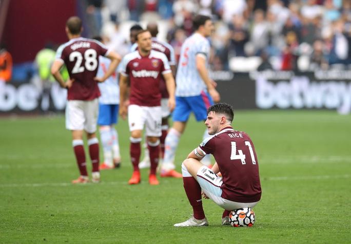 De Gea cản phạt đền sau 5 năm, chặn đứng chuỗi 40 bàn thua  - Ảnh 6.