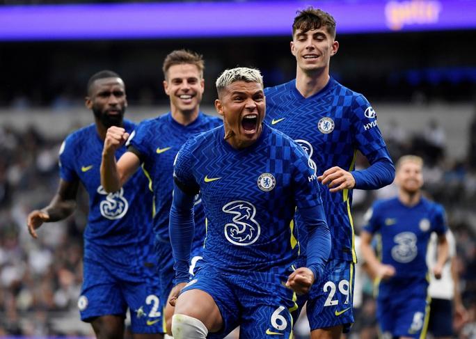 Tottenham thua tan tác sân nhà, Chelsea lên đỉnh bảng Ngoại hạng Anh - Ảnh 5.