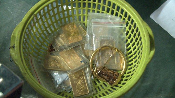 Người phụ nữ trộm gần 150 triệu đồng cùng 20,7 lượng vàng - Ảnh 2.