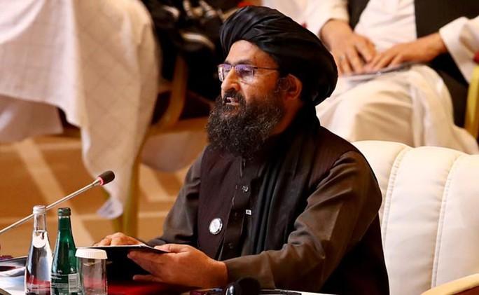 Hé lộ vụ phó thủ tướng Taliban bị đấm, nội bộ đấu súng kịch tính - Ảnh 1.